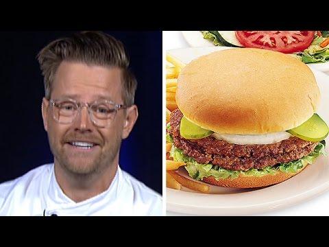 chef knows best richard blais 39 burger quiz youtube. Black Bedroom Furniture Sets. Home Design Ideas