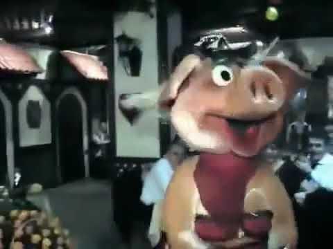Стриптиз свинья видео