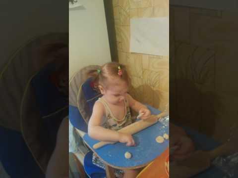 Мамина помощница, Тоня, 2 года