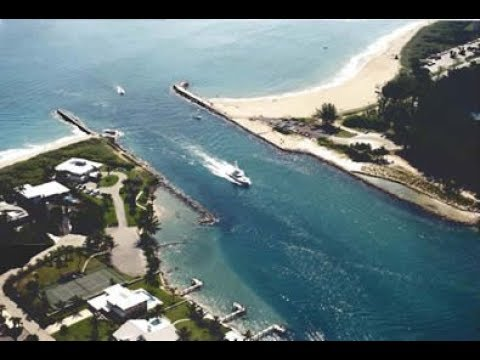 Jupiter Inlet Florida Very Busy One Side Yet So