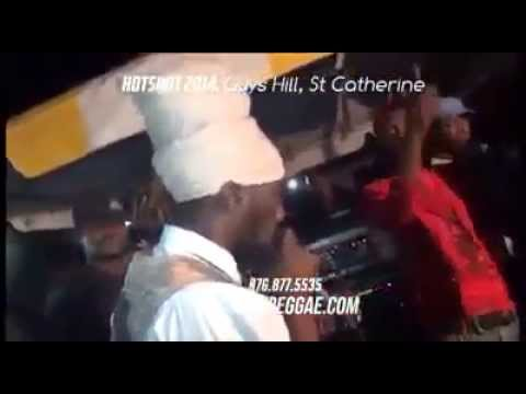 Sizzla burning fire on Alkaline and Gage @ Hotshot 2014 Jamaica
