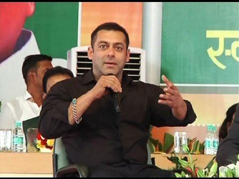 Wo Panna Palat Chuka Hai, Salman Khan confirms Katrina- Ranbir break up
