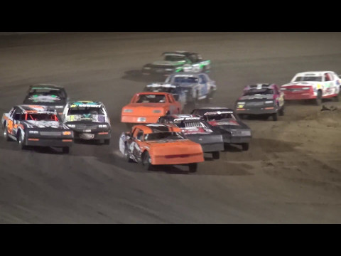IMCA Hobby Stock feature Independence Motor Speedway 5/6/17
