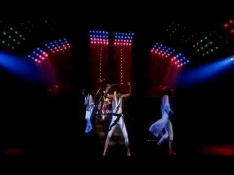 Queen - Hammer To Fall (Official Video)