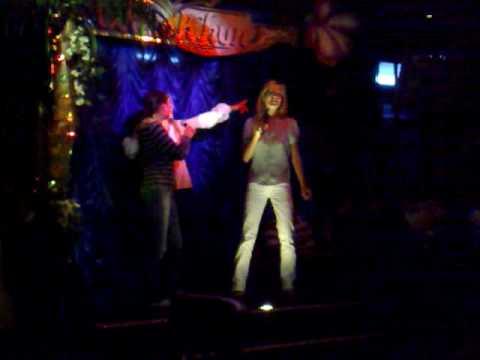 Karaoke Munich, Sinje, Julia, Laura