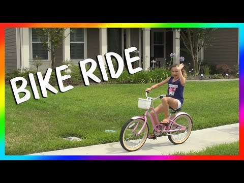 RIDING BIKES TO THE WATER PARK | We Are The Davises