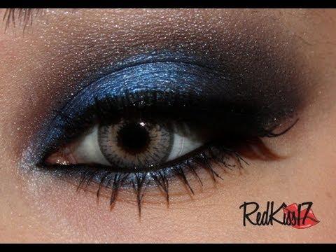 Maquillaje de noche para vestido negro con azul