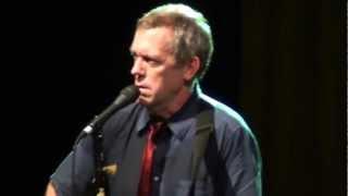 Хью Лори (Hugh Laurie) в Москве 26.06.2012 - Waiting For A Train