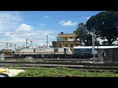 Daund Jn engines changing of Karnataka Express