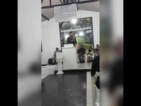 Cantor Matheus Rodrigues /Linhares Espirito Santo  Jesus Se Fez Presente