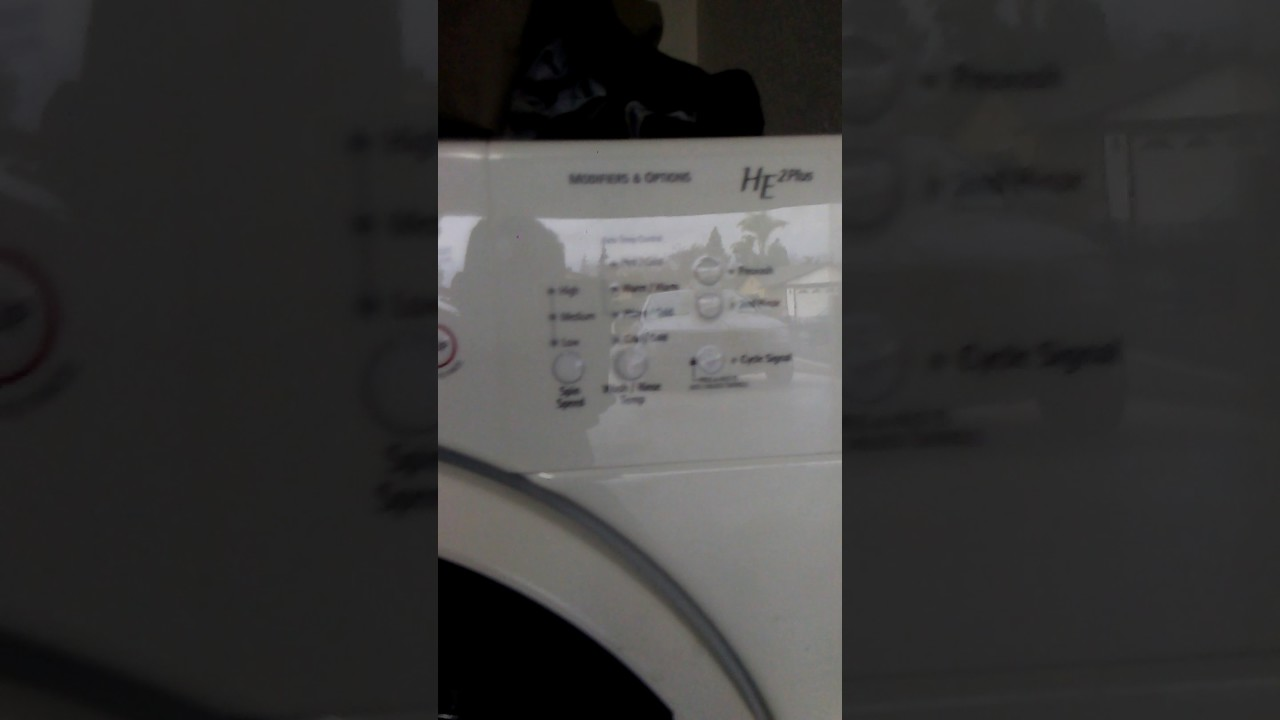 Uso de la lavadora, primer ciclo de lavado sin ropa, de la.