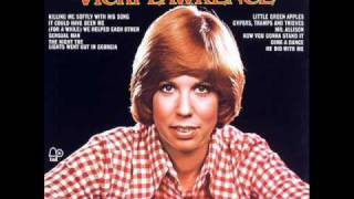 Vicki Lawrence - Dime a Dance (with lyrics)