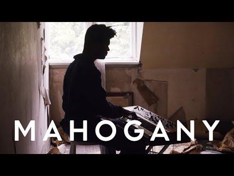 Kyan - How Dare You Make Me Love You | Mahogany Session