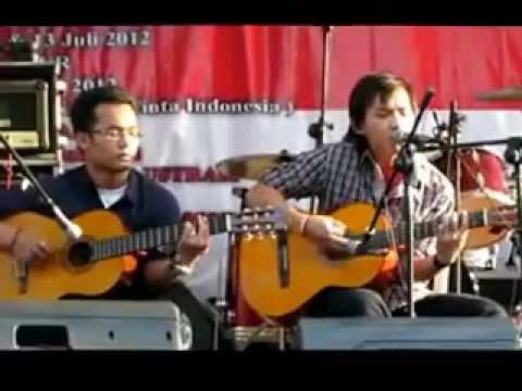 Razi Fikri Yandi - Adera - Lebih indah (Cover) feat Wellmond BS