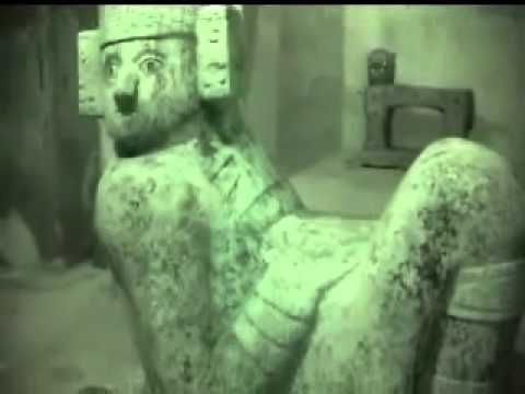 What is inside the Mayan Pyramid of Chichen Itza?