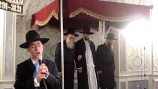 Yaakov Petro singing Boruch Haboa, Mi Adir, MBD