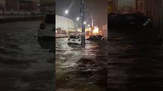 Chuva causa alagamentos e interdita ruas em Balneário Camboriú