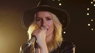 ElisaLeen - Träumer (Offizielles Musik Video)