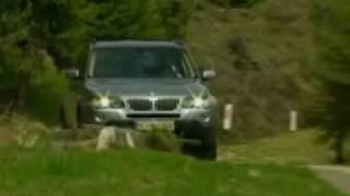 Diesel-Bombast BMW X3 3.0sd im Test(http://www.auto-news.de Die noch junge Karriere des BMW X3 verläuft so atemberaubend steil, wie die Drehmomentkurve seiner künftigen Top-Motorisierung ..., 2007-01-29T19:36:47.000Z)