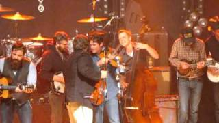 Mumford & Sons with Old Crow Medicine Show, Cadillac Sky, and King Charles - Wagon Wheel