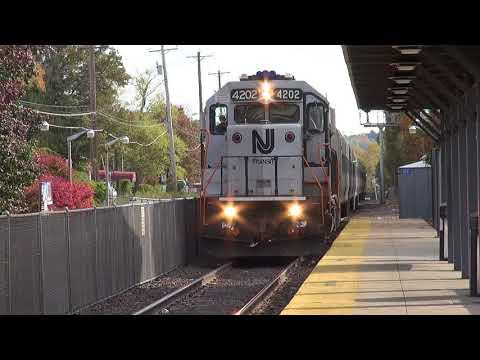 NJtansit & Metro North At Suffern NY