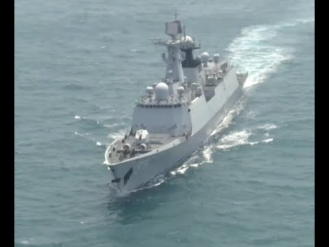 Chinese Navy Warships Engage in Confrontation Drill in Sea of Japan