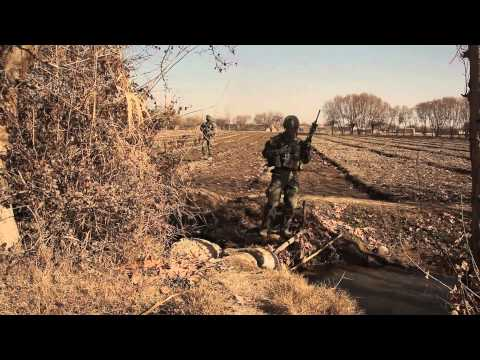 Marines hunt down insurgents in southern Afghanistan