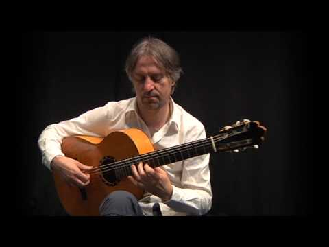 Livio Gianola: Studio n°7 - Classic and flamenco guitar lessons