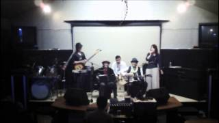 平成25年5月18日シャルドーゼにて長野たかしさん前座で歌いましたwww.