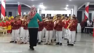 Musik Bambu SD di Sulawesi Tenggara Viral di Dunia Maya, Gurunya Panen Pujian