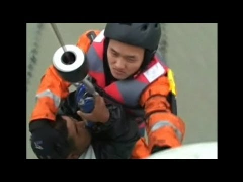 Five Fishermen Trapped at Sea Rescued in East China