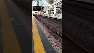大阪駅 キハ189系特急はまかぜ入線