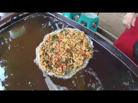 Indonesia Bekasi Street Food 2624 Part.1 Martabak Telor Mama Pops YDXJ0903
