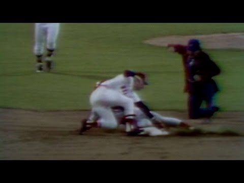 WS1975 Gm7: Carbo throws out Foster at second