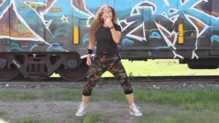 Tumba la casa vs Casa sola | Zumba Choreography