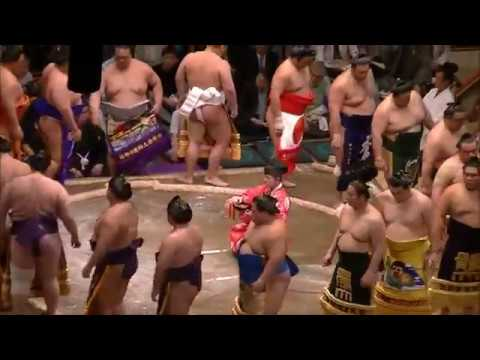 Watching Sumo Wrestling In Tokyo, In The Ryōgoku Sumo Hall 両国国技館 -  May Natsu 2013 Basho