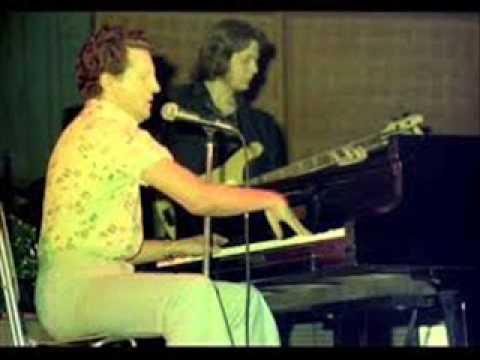 Jerry Lee Lewis   12 07 75   Wheeling radio broadcast