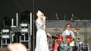 Жанна Агузарова - 14 - Чёрный кот - 13.07.2013 - Пикник Афиши (Москва, Коломенское)