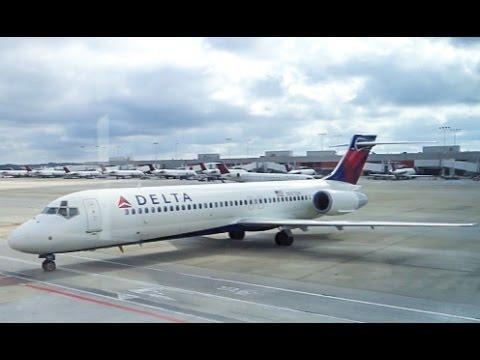 DELTA AIRLINES Boeing 717 / Takeoff Atlanta / Land in Charlotte
