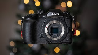 Should YOU BUY/OWN the Lumix GH5 in 2021?