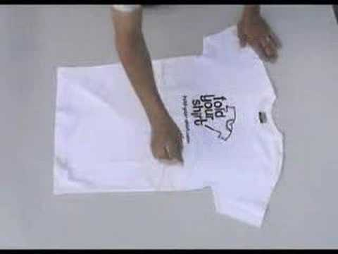 Folding your t shirt the easy way youtube for Japanese way to fold shirts