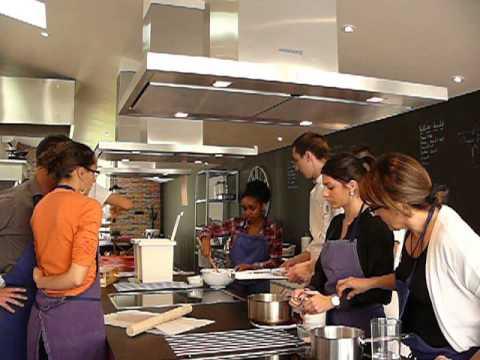 Cours de cuisine sur les desserts avec douglas oberson for Smartbox cours de cuisine