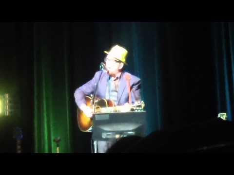 Elvis Costello - Watch Your Step (Copernicus Center, Chicago)