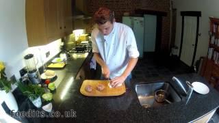 Foodits: Melting Mozzarella Burgers