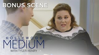 Tyler Henry & Chrissy Metz Get Their Selfie Game On | Hollywood Medium with Tyler Henry | E!