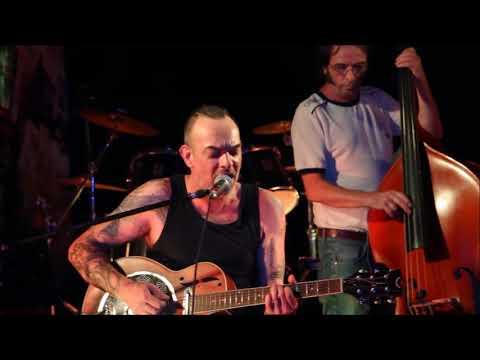 The Noisy Friends Band live at Lembarzique Café with Martijn van Spankeren