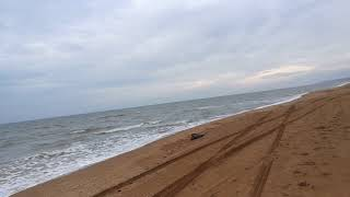 Пляж и спуски на пляж в Кучугурах