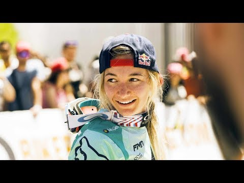Mad Downhill skills from Tahnee Seagrave | Winning Ride from UCI MTB World Cup Canada 2017