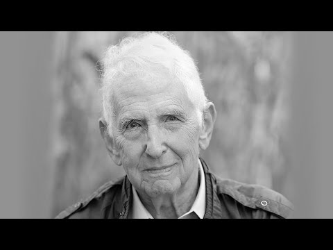 Daniel Ellsberg on the Assange Extradition and Growing Fascism