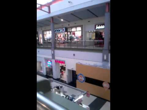 Crossgate mall, largest 1 in Albany,  New York,